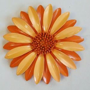 Vintage 70'S ORANGE & YELLOW ENAMEL FLOWER pin